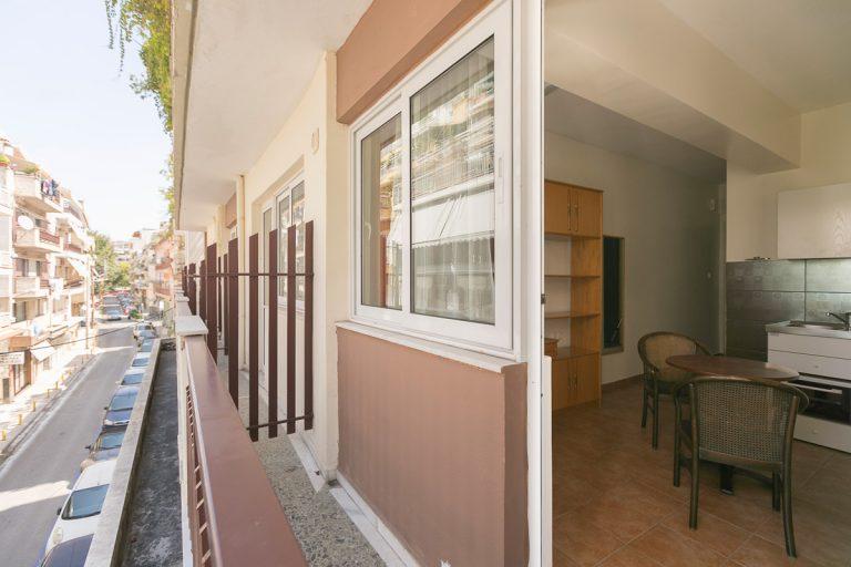Papakiriazi_balcony_street_view
