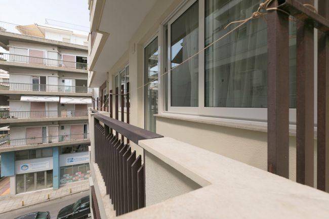 Papakiriazi_balcony